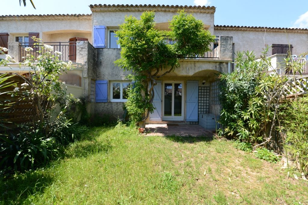 Location maison grasse avec l 39 agence agence courrin for Agence location maison